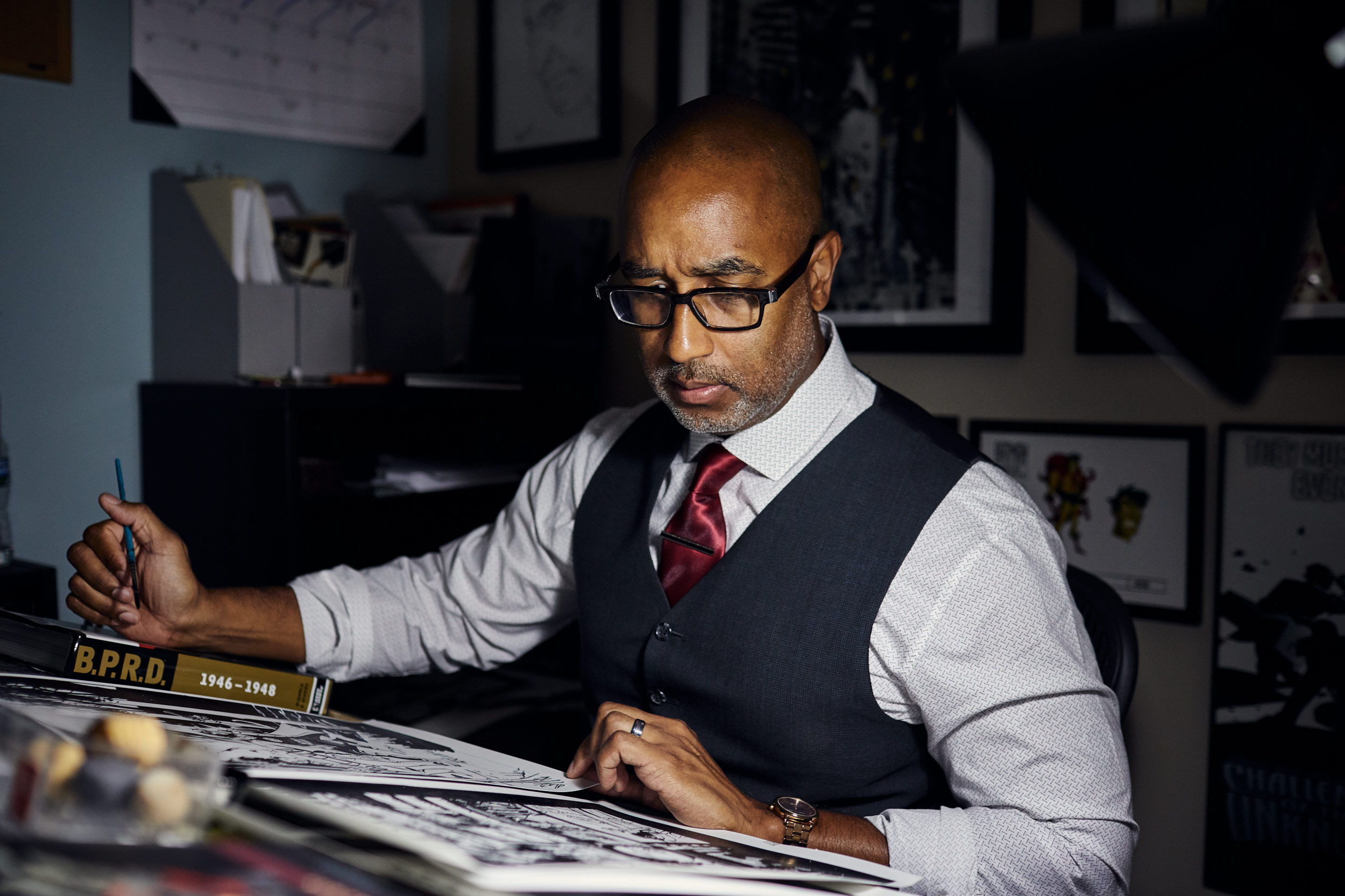 shawn martinbrough illustrating comic, washington dc portrait photography