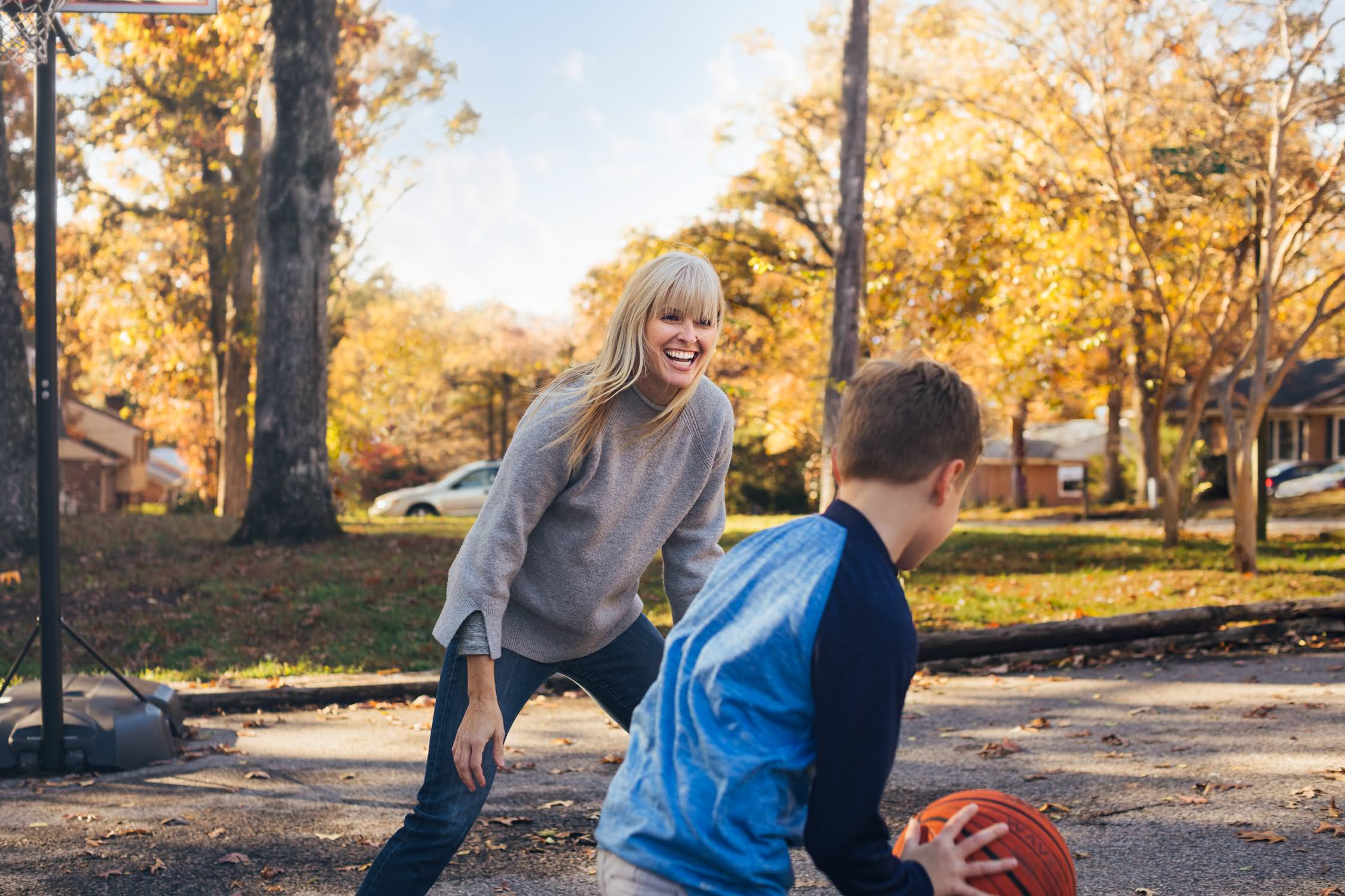 mother and son play basketball for washington dc lifestyle photography